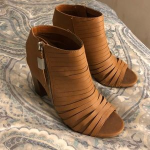 Tan Open toe heeled bootie